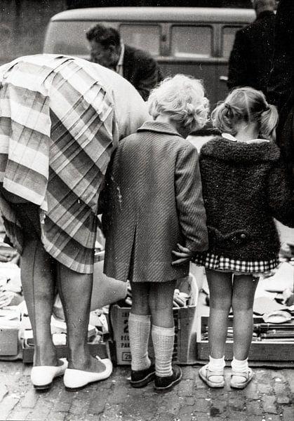 Meisjes Waterlooplein 60-er jaren Zwart-Wit