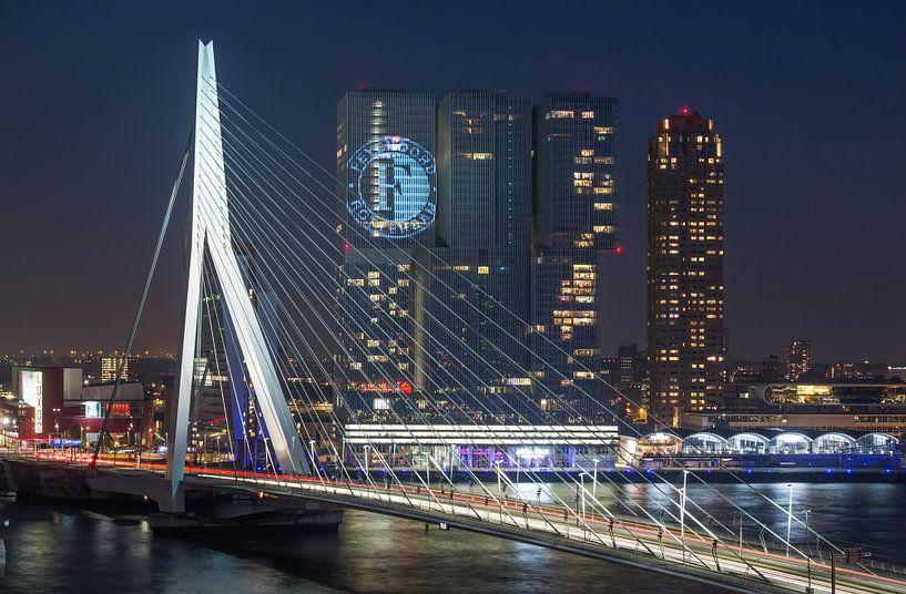 De Erasmusbrug in Rotterdam (Feyenoord Editie) van MS Fotografie