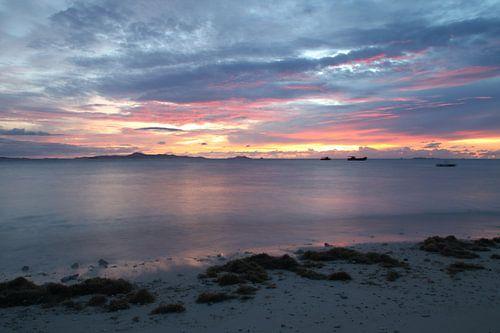 Brandende avond in Fiji