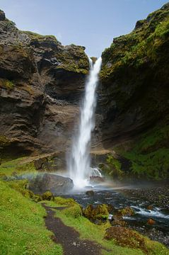 Verstopte waterval in het zuiden van IJsland van Discover Dutch Nature