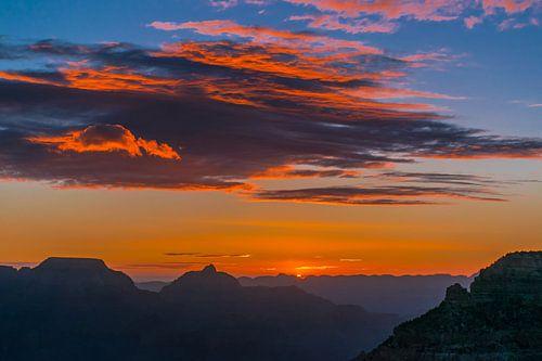 Zonsopkomst boven de Grand Canyon, south rim, VS