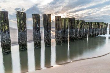 Wellenbrecher entlang der Küste von Apple Brenner