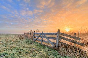 Niederländische Landschaft mit Sonnenaufgang von Lisa Kompier