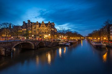 Blue hour Amsterdam ! van Marc Broekman
