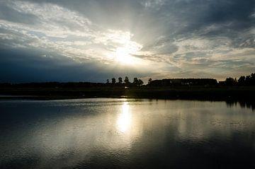 Mooie lucht met zonsondergang  von Jorg van Krimpen