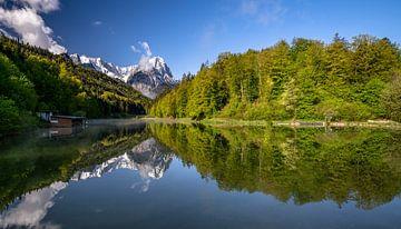 Lente aan de Riessersee in Beieren van Achim Thomae