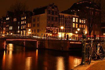 Amsterdam bij nacht en overal fietsen van Marjo Snellenburg