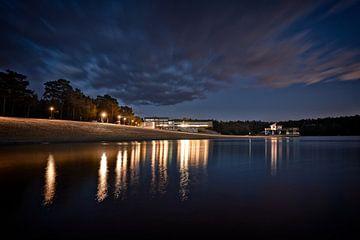 Bernsteinsee bei Nacht. von Mike Ahrens