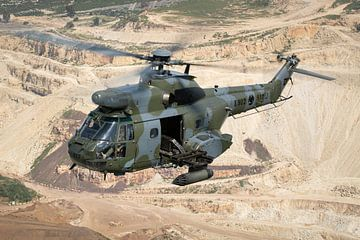 Libanesische Luftwaffe IAR-330SM Puma von Dirk Jan de Ridder