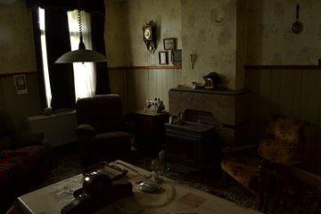 de huiskamer van Dennis Brok