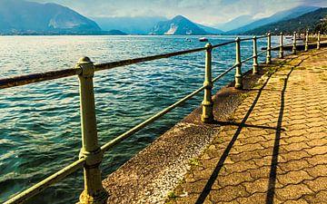 Bochtig pad langs het Lago Maggiore von Anneriek de Jong