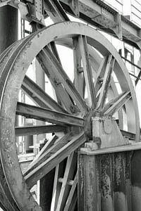 großes industrielles Stahlrad