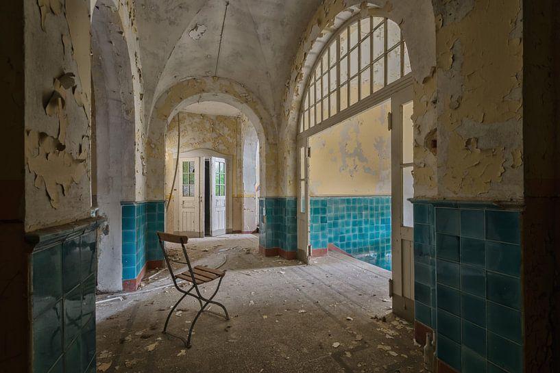 Lost Place -The Bathhouse van Linda Lu