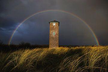In Rainbows (vuurtoren Zoutelande) van Thom Brouwer