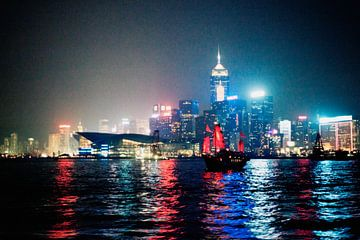 Hong Kong bij nacht von André van Bel