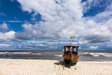 Fischerboot in Ahlbeck auf der Insel Usedom von Rico Ködder