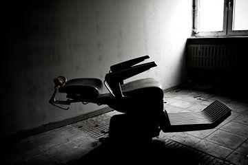 Lonly chair van Picksz Pixel