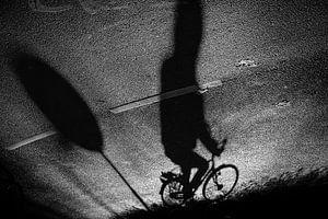 Schaduw van een fietser, Utrecht / Nederland van