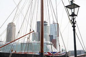 Linienschiff in Rotterdam.
