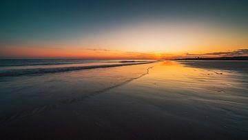 Zoutelande zonsondergang 2 van Andy Troy