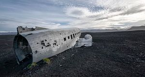 Dakota wrak op een IJslands strand van