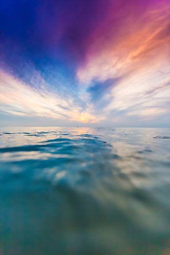 Zonsondergang zee van Andy Troy