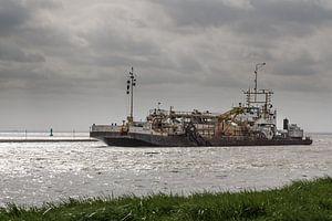 Baggerschiff am Dollart