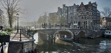 Misty Amsterdam 2 van Wil Crooymans