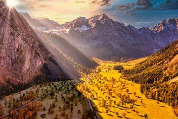 """Goldener Herbst im Karwendel - hier am """"Großen Ahornboden"""""""