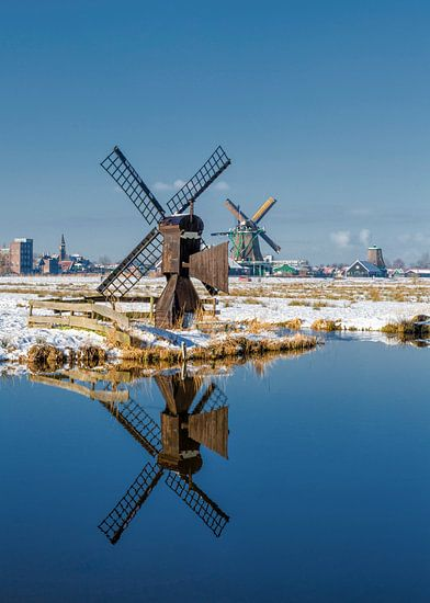 De molens van de Kalverpolder, Zaandam,  Noord-Holland van Rene van der Meer