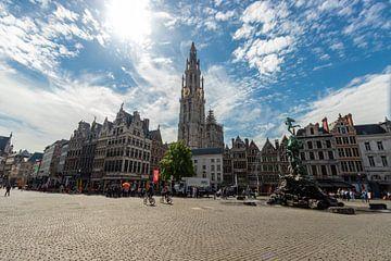 Kathedraal van Antwerpen, vanaf de Grote Markt van Martijn Mureau