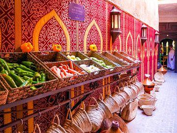 Markt in Marrakesh Marokko van Déwy de Wit