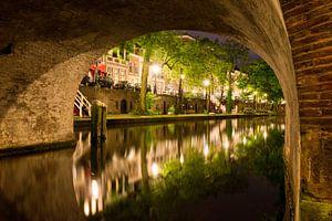 Utrecht Oudegracht: onder Geertebrug van