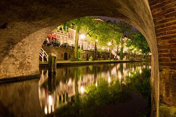 Utrecht Oudegracht: onder Geertebrug sur martien janssen