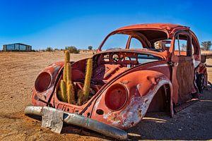 Ein rostiger alter Volkswagen Käfer von