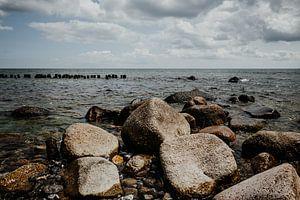 Steine an der Ostseeküste bei Sassnitz (Rügen)