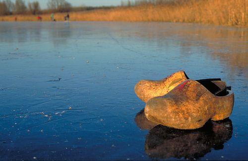 Klompen op het ijs