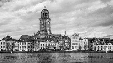 Stadsgezicht Deventer (2a, panorama-uitsnede) van Rob van der Pijll