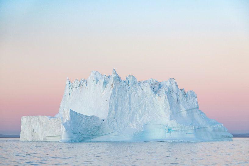 Iceberg Sunset van Rudy De Maeyer