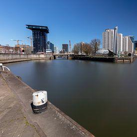 Maas in Rotterdam centrum van Joost Adriaanse