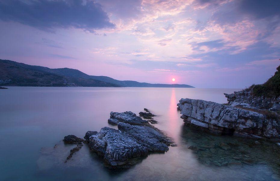 Zonsondergang Kassiopi - Korfoe van Marcel Kerdijk