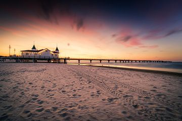 Seebrücke Ahlbeck bei Sonnenuntergang von Skyze Photography by André Stein