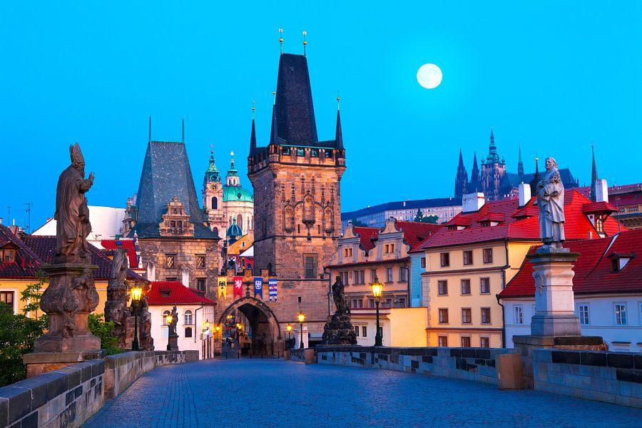 PRAGUE 01