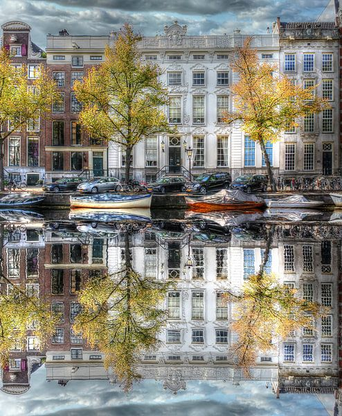 Wasserspiegelung, Amsterdamer Wassergraben, Niederlande von Maarten Kost