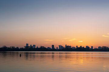 Prachtige zonsondergang over de Kralingse Plas