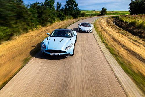 Mclaren 570GT vs Aston Martin DB11