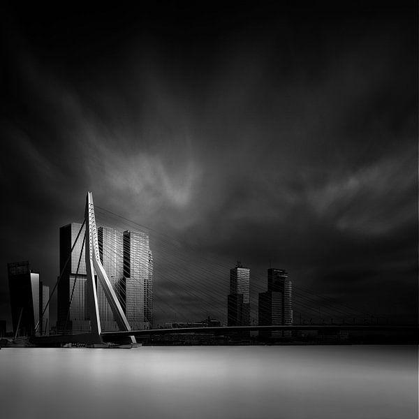 De Erasmusbrug Rotterdam van Arthur van Orden