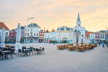 Grote Markt in Bergen op Zoom Nederland van Peter Apers