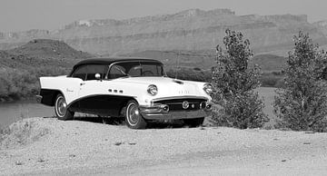 Vintage Buick in Schwarz und Weiß von Jolanda van Eek