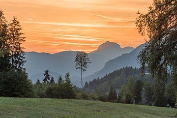 Zonsondergang in Oostenrijkse bergen